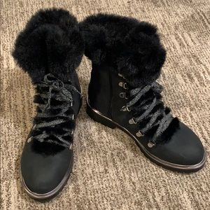 A New Day Black and Silver Faux Fur Boots Sz 8